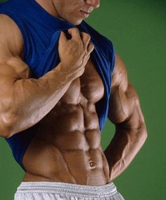 Bulking and cutting is a popular term in the bodybuilding world. The fact is that if you bulk and cut properly you can see impressive results, but few people do it properly. Even more importantly, is bulking and cutting even a good strategy for your body type?   http://www.weightgainnetwork.com/weight-gain-diets/how-to-bulk-and-cut-tips-from-a-fitness-model-on-bulking-and-cutting.php