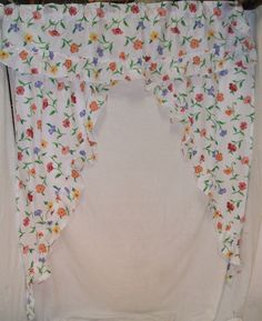 Happy Flower Tapered Curtain