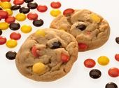 REESE'S PIECES Peanut Butter Cookies - I double the recipe and use 1 stick of butter and stick of butter crisco which makes these cookies delicious. Reese's Recipes, Cookie Recipes, Dessert Recipes, Peanut Butter Desserts, Peanut Butter Cookie Recipe, Just Desserts, Delicious Desserts, Yummy Food, Tasty