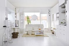Ikea's White Room - Small Spaces - Small Room Decorating Ideas (EasyLiving.co.uk)