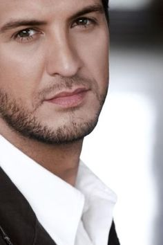 Luke Bryan. The hottest man to ever walk this planet. (: <3 Marry me!
