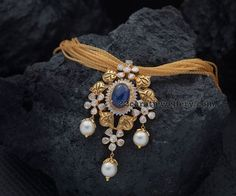 Gold Necklace with Sapphire Pendant Designs, Gold Sapphire Necklace Designs. Sapphire Pendant, Sapphire Diamond, Diamond Pendant, Gold Pendent, Blue Sapphire Necklace, Pearl Diamond, Gold Jewellery Design, Gold Jewelry, Handmade Jewellery