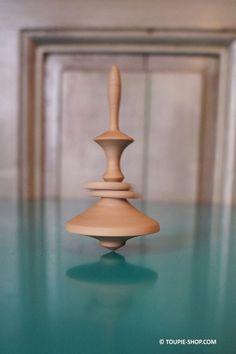 Veux-tu.. Jeux de Toupie en Bois Artisanal avec Anneaux Toupie Shop Idée Cadeau St Valentin