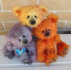 Colorful bears by Emma's Bears