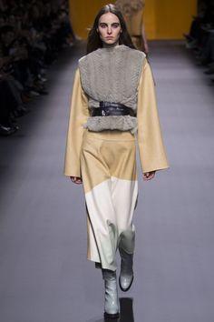 Hermès, Look #5 - Fall-Winter 2016/17
