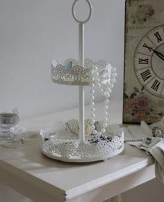 Two tier mini cake stand style vanity trays £11.95 use in bathroom?
