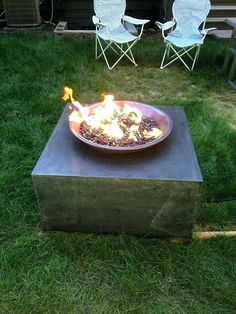 When you're finding the proper pit that's best for you, you would like to clarify precisely how you will use your fire pit, what color you would like ... Concrete Garden Bench, Cement Garden, Concrete Fire Pits, Wood Burning Fire Pit, Fire Pit Patio, Outdoor Fire, Cement Flower Pots, Large Fire Pit, Fire Pit Materials