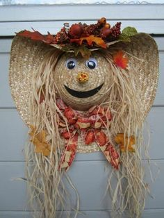 Over 40 of the BEST Homemade Halloween Decorating Ideas Straw Hat Scare Crow Fall Wreath.these are the BEST Homemade Halloween Decorations & Craft Ideas! Homemade Halloween Decorations, Fete Halloween, Halloween Crafts, Halloween Wreaths, Halloween Ideas, Vintage Halloween, Outdoor Halloween, Vintage Witch, Halloween Stuff