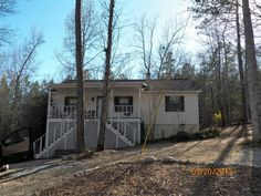 View photos, maps, and learn more about 274 South Lands End located in Eclectic AL 36024 or search for additional homes for sale in Eclectic on Waterfront Property For Sale, Lands End, View Photos, Recreational Vehicles, Maps, Search, Blue Prints, Searching, Camper