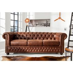 Chesterfield furniture - Best Home Decorating Ideas - How To Design A Room - homehomedecor Living Room Leather, Chesterfield Living Room, Furniture, Sofa, Chesterfield Couch, Chesterfield Sofa Living Room, Home Furniture, Chesterfield Furniture, Vintage Sofa