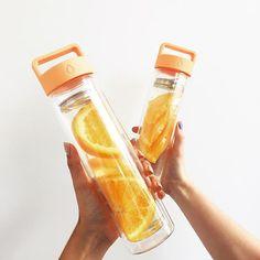 Orange Detox Water  // Peach: www.dropbottle.co #dropbottle #dropbottlexmas