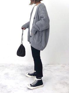 【最高気温18度】寒暖差も快適に♡服装選びのポイント&最新トレンドコーデ50選 Unisex Fashion, Cute Fashion, Daily Fashion, Fashion Outfits, Retro Outfits, Casual Outfits, College Fashion, Japan Fashion, Types Of Fashion Styles