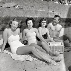 radio beach - Google 検索
