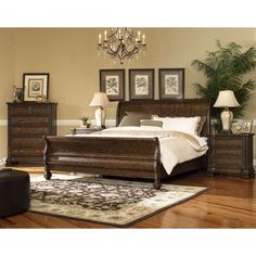 Features: -Frame construction: Solid wood. -Solid wood frame ...