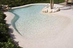 32 awesome natural small pools design ideas best for private backyard 21 Beach Entry Pool, Backyard Beach, Small Backyard Pools, Backyard Pool Designs, Small Pools, Swimming Pools Backyard, Swimming Pool Designs, Outdoor Pool, Backyard Landscaping