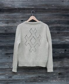 Criss Cross cardigan by Isabell Kraemer | Yarn Debbie Bliss Blue Faced Leicester DK | Kuokuttamo