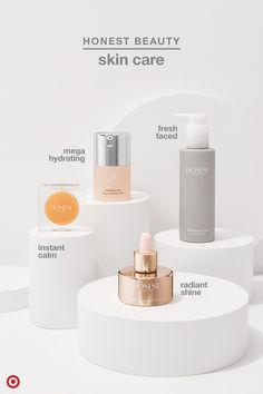 Looking to clean up your skin care routine? These picks from Jessica Alba's Honest Beauty make it ea Beauty Photography, Jessica Alba, Cosmetic Design, Cosmetic Display, Perfume, Cosmetic Packaging, Design Set, Face Oil, Skin Care Regimen