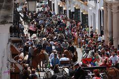 Un día de Feria. Paseo de caballos