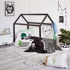 toddler house floor bed
