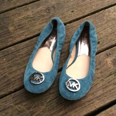 Michael Kors flats Great used condition worn a few times Michael Kors Shoes Flats & Loafers