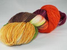 handgefärbte Sockenwolle, handdyed Yarn von DeleesHandarbeiten auf Etsy