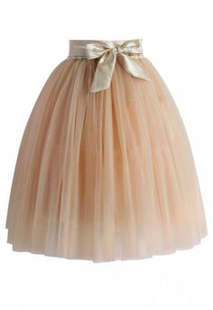 - Multi-layered soft tulle skirt - Satin band accompanied - Satin elastic waist - Fully Lined - 100% Polyester - Hand wash  Size(cm) Length  Waist Free            60     60-74 Size(inch) Length  Waist Free            23.6   23-29