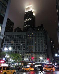 Empire Spooky Building by @johndeguzman #newyorkcityfeelings #nyc #newyork