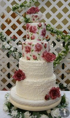 """Indian Weddings Inspirations. Red Wedding Cake. Repinned by <a class=""""pintag searchlink"""" data-query=""""#indianweddingsmag"""" data-type=""""hashtag"""" href=""""/search/?q=#indianweddingsmag&rs=hashtag"""" rel=""""nofollow"""" title=""""#indianweddingsmag search Pinterest"""">#indianweddingsmag</a> <a href=""""http://www.indianweddingsmag.com"""" rel=""""nofollow"""" target=""""_blank"""">indianweddingsmag...</a> <a class=""""pintag"""" href=""""/explore/vintage"""" title=""""#vintage explore Pinterest"""">#vintage</a…"""