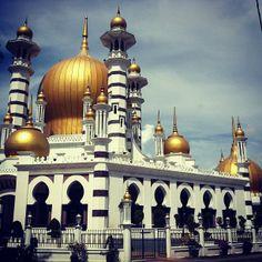 Masjid Ubudiah (مسجد اوبودياه)