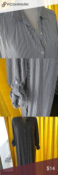 DKNY Striped Long Shirt Maxi Dress Navy / White Stripes Maxi Dress. With 3/4 sleeves or not. Good condition. DKNYC Dresses Maxi
