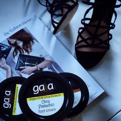 Beauty routine for the w/e : Gaia etheral beauty, sandals, beauty, foot cream Foot Cream, Natural Cosmetics, Argan Oil, Beauty Routines, Gaia, Pure Products, Sandals, Shoes Sandals, Sandal