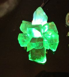 Craft your own Kryptonite necklace. ALL the yes. (LED Light Up Glowing Crystals, Nerd Crafts, Geeky Goodness, Superman 4 eva.)