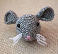 Turtlekeeper Designs : The RAT : Chinese Zodiac Animals Patterns #1, head for lovey, free pattern, #haken, gratis patroon (Engels), hoofd muis, rat voor tutteldoekje, haakpatroon