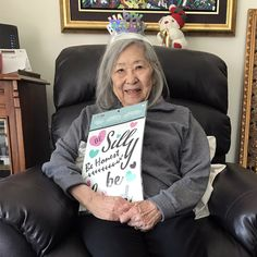 Four Elms Retirement Residence in Thornhill recently celebrated a birthday for one of its residents! Wellness Activities, Emergency Response, Assisted Living, Senior Living, Birthday Celebration, Retirement, Community, Celebrities, Celebs