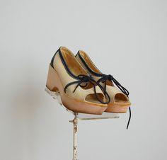Vintage 1970s Shoes  70s Platform Shoes  The by BohemianBisoux