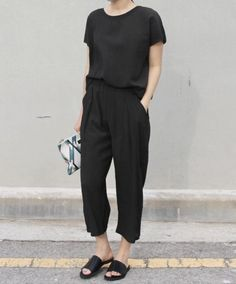 All black outfit http://www.99wtf.net/men/mens-accessories/tips-buy-luxury-watches/
