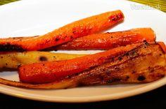 Pečená mrkva s petržlenom - Recept Carrots, Ale, Vegetables, Food, Carrot, Vegetable Recipes, Eten, Ales, Veggie Food