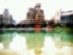 El Edificio Olimpo (uno de mis preferidos de Santa Cruz) by asotavento.com, via Flickr