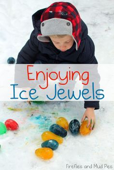 """How to make and some ideas for playing with """"ice jewels."""" This is a must-pin! #fireflymudpie"""