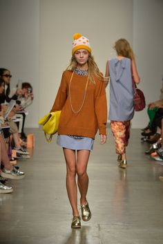 Karen Walker Spring 2014 Ready-to-Wear Fashion Show
