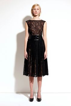 http://www.vogue.com/fashion-shows/pre-fall-2014/michael-kors-collection/slideshow/collection