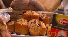 The Perfect Friand Recipe by Masterchef Australia judge and chef Gary Mehigan MC Almond Recipes, Baking Recipes, Cake Recipes, Dessert Recipes, Friands Recipe, Masterchef Recipes, Aussie Food, Sweet Pie, Baking Cupcakes