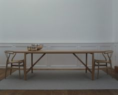 Long table/Y-Chair