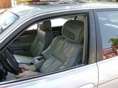 Iscomrima gag uber / conducteur en siège / robot / blague 1er avril