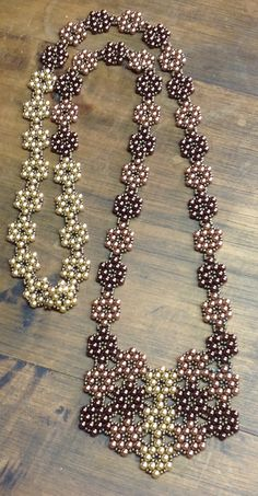 Various Bead Jewelry Models Seed Bead Necklace, Bead Earrings, Beaded Necklace, Necklaces, Diamond Earrings, Beaded Jewelry Patterns, Fabric Jewelry, Diy Schmuck, Schmuck Design