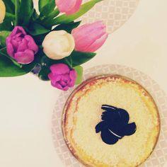 EAT TRAVEL LIVE LOVE: Môj klasický výborný cheesecake   Korpus 250 g Ho... Live Love, Camembert Cheese, Cheesecake, Eat, Travel, Food, Viajes, Cheesecakes, Essen