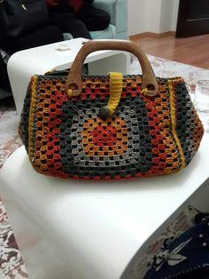 Love Crochet, Crochet Granny, Knit Crochet, Crochet Bags, Granny Square Bag, Summer Bags, Totoro, Gifts For Him, Straw Bag