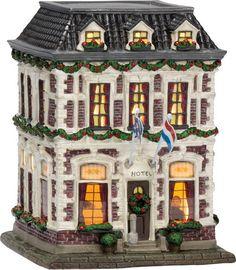 Christmas Village Display, Christmas Villages, Villas, Seaside Village, Ceramic Houses, Yule, Happy Holidays, Decoupage, Hotels