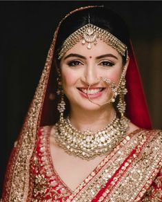 Bridal Real Brides REVEAL how to pick the best bridal makeup artists in Delhi! Alpi , Real Brides REVEAL how to pick the best bridal makeup artists in Delhi! [ Real Brides REVEAL how to pick the best bridal makeup artists in Delhi! Best Bridal Makeup, Bridal Makeup Looks, Indian Bridal Makeup, Wedding Makeup, Wedding Bride, Wedding Stage, Wedding Beauty, Wedding Couples, Bride Groom