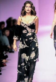 Laetitia Casta - Lolita Lempicka Ready-To-Wear Spring/Summer 80s And 90s Fashion, Runway Fashion, Fashion Beauty, Fashion Fashion, High Fashion, Lolita Lempicka, Laetitia Casta, Style Casual, Victoria Secret Fashion Show